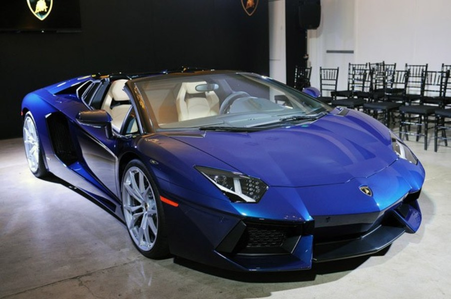 13 7 Tips to Follow if You Want to Buy a Top Luxury Car ...