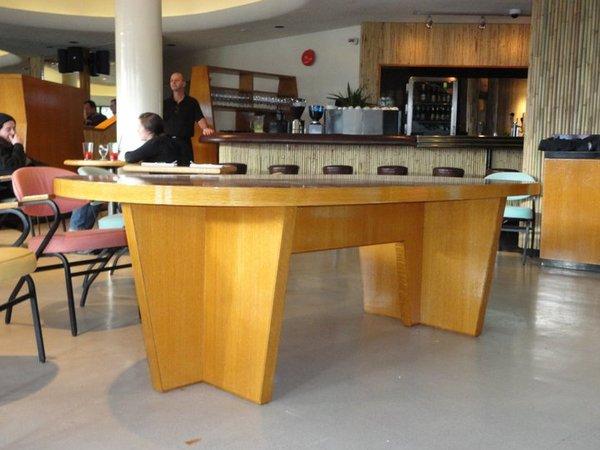 29f37a6df2d3aaf7b3cab46023a17907 Tips for best restaurants' tables Designs