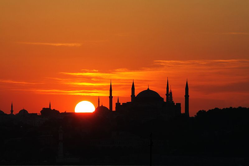 800px-Istanbul_-_Hagia_Sophia The Best 10 Vacations spots