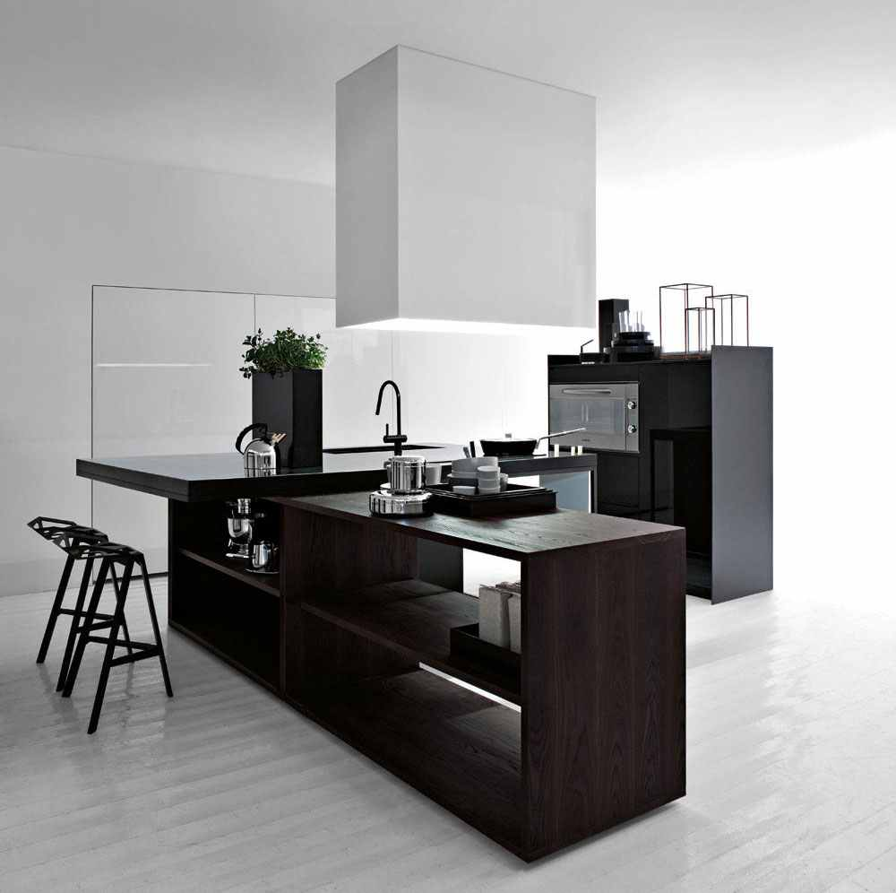 Best-Black-and-White-Modern-Kitchen-2012 6 Beautiful Black and White Decor Ideas