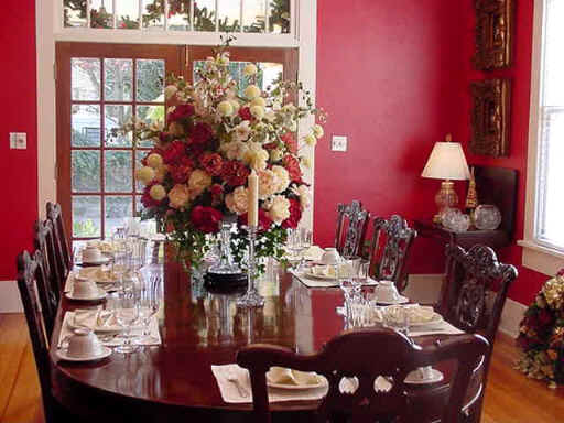 Contemporary-Red-Dining-Room-with-Beautiful-Lighting The Decor Designers' Secrets in Choosing Their Colors