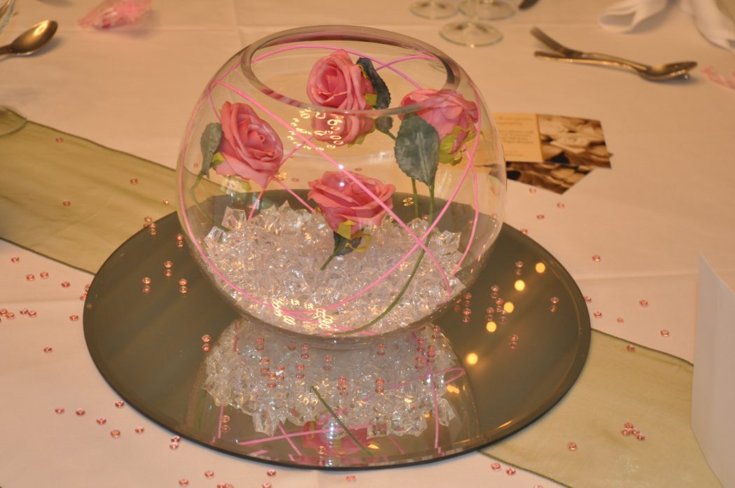 Foam_Rose_Centerpiece Wonderful ideas for decorating your wedding