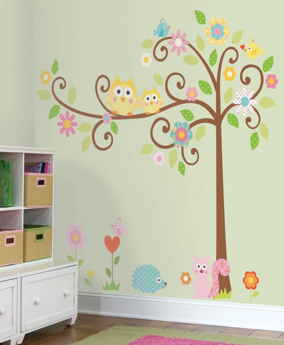 Funny-Wall-Decorations-Kids-Bedroom-930x1126 16 Trendy Ideas for Wall Decor for 2020