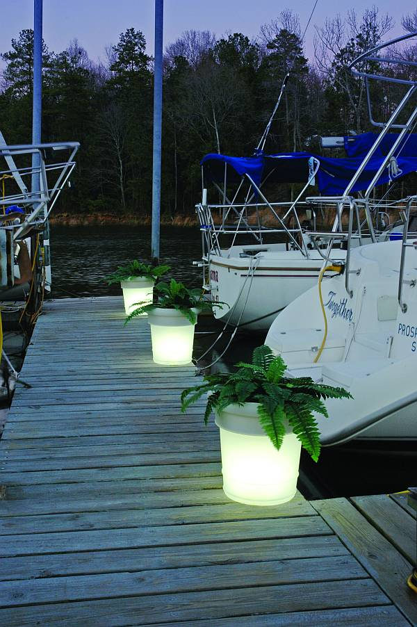 GardenGlo-Marina-Shot-large1 Simple and Unique Ideas for Outdoor Lighting