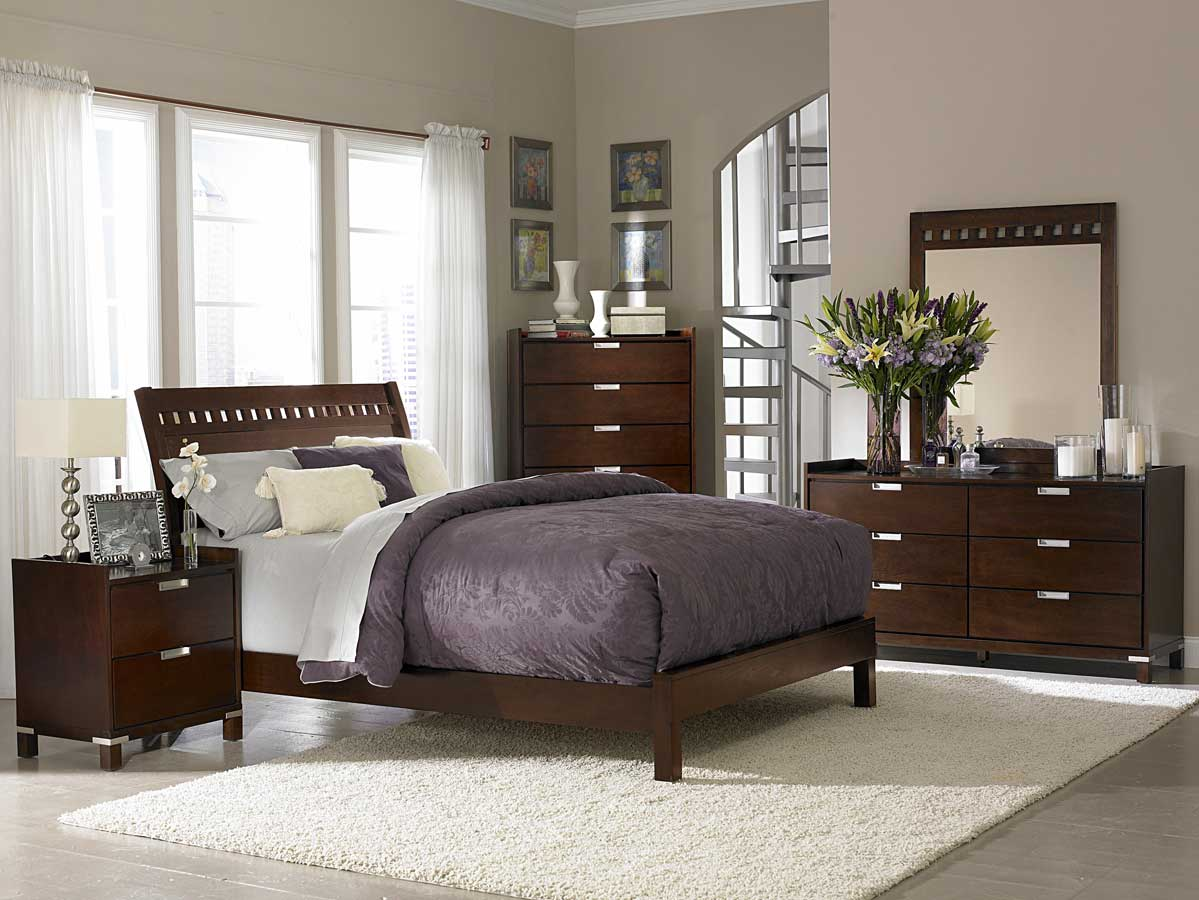 Lovely-San-Diego-Modest-Bedroom-listed-in-elegant-bedroom-idea- 16 Ideas to Renew Your Home