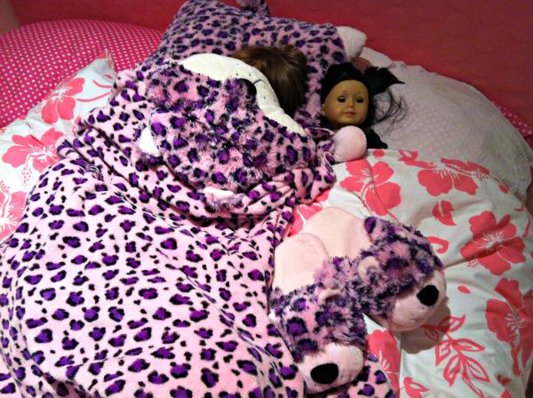 Lulu-Leopard-Pillow-Pet-Blanket Top Pillow Pets Offers & Sales