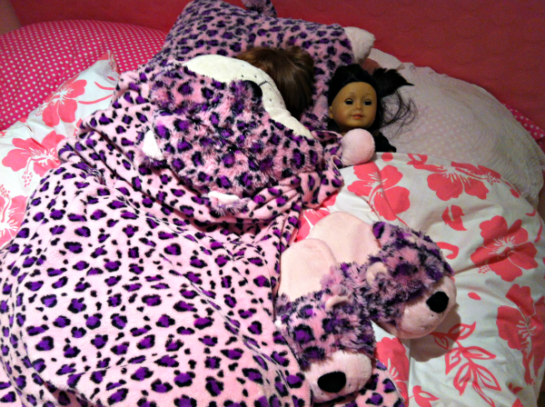 Lulu-Leopard-Pillow-Pet-Blanket Top Pillow Pets Offers & Sales
