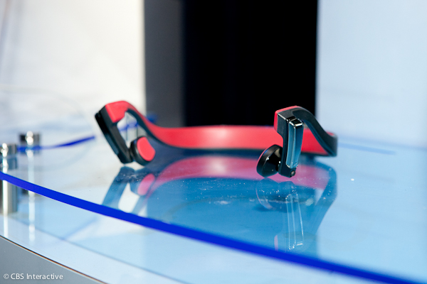Panasonic-Press-Conference-CES-2013 Panasonic unveils headphones through the mind of CES