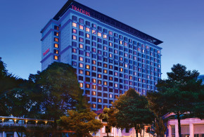 traders hotel singapore