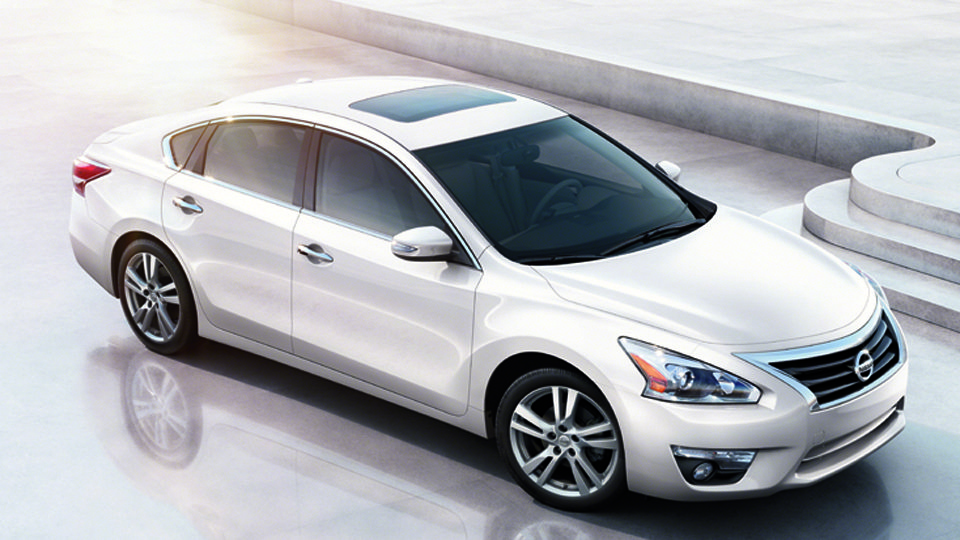altima-top 7 Tips to Follow if You Want to Buy a Top Luxury Car ...