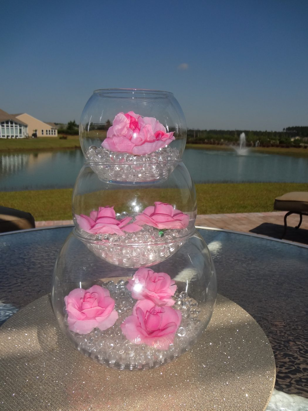 center-pieces +5 Tips to Decorate Your Outdoor Wedding
