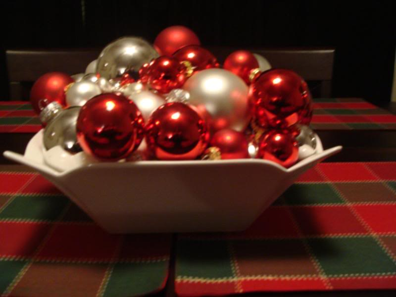 christmas-table-decorations-picture1 Prepare your Home Decorations For Next Holidays
