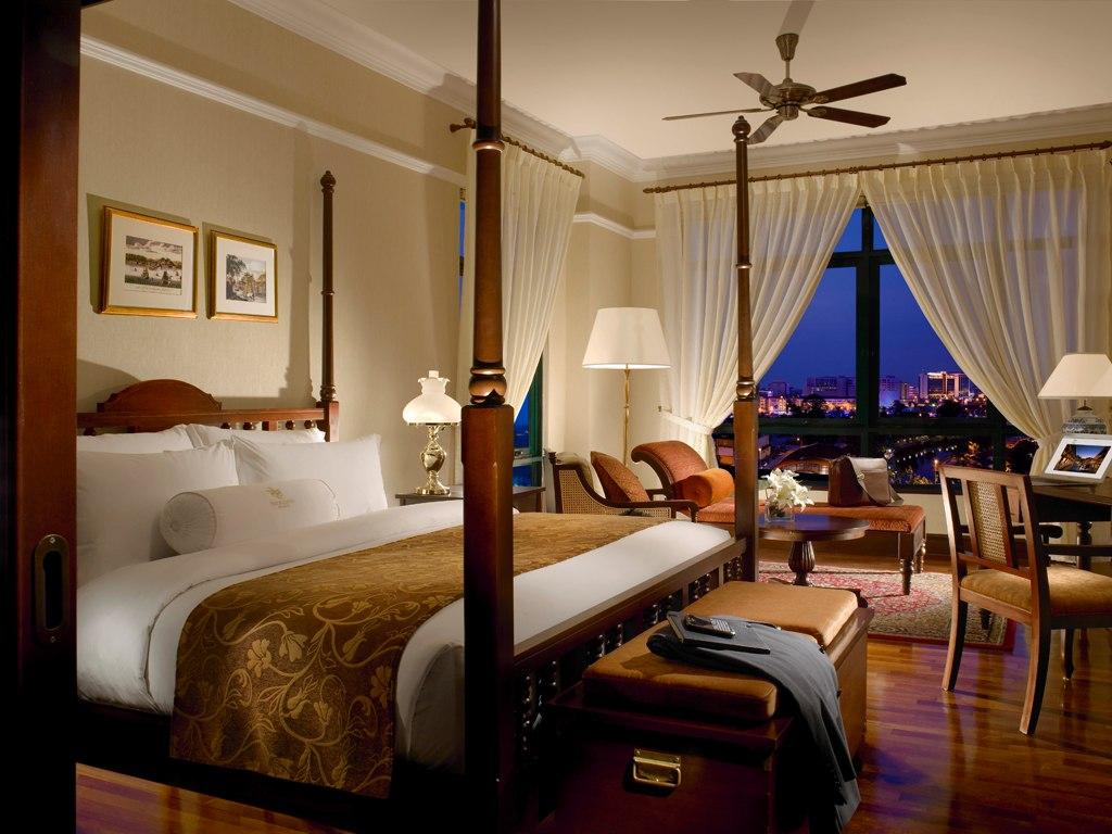cn_image_0.size_.majestic-malacca-malacca-malaysia-108968-1 8 Reasons Make You Enjoy Traders Hotel Singapore?