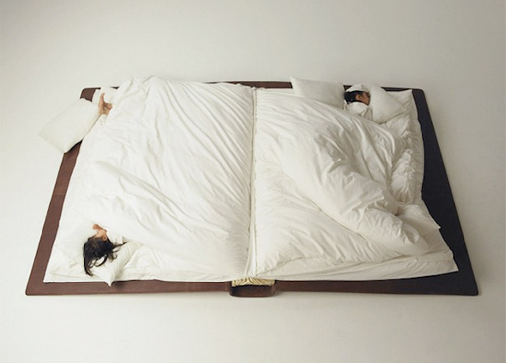creative-beds-book-bed Extraordinary and dazzling ideas for decorating your bedroom