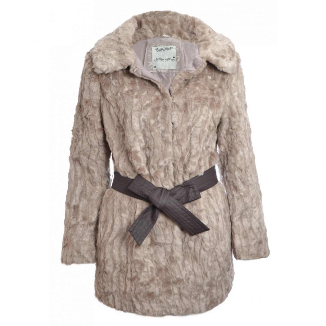 faux-fur-coat Most Stylish Faux Fur Coats and Jackets For Women (Pictures)