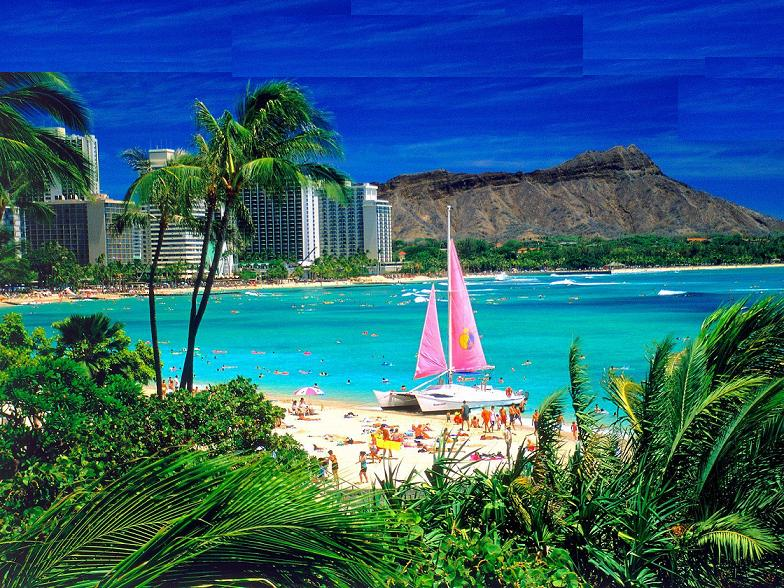hawaii-beach Tourists Sharing Their Tips For Hawaii Travel