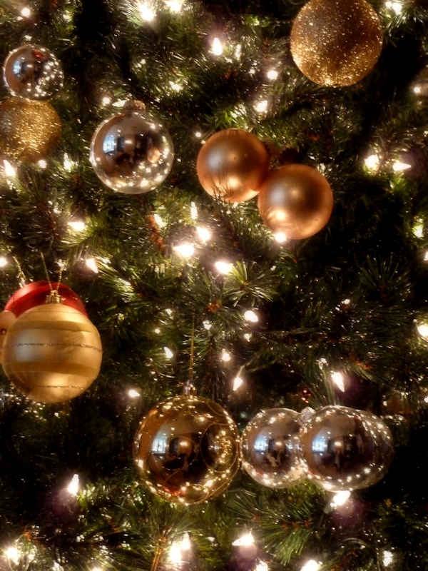 holiday-decorations2 Prepare your Home Decorations For Next Holidays