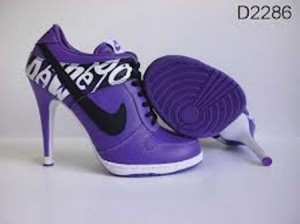 images-101-300x224 Perfect Collection of Women Nike Shoes