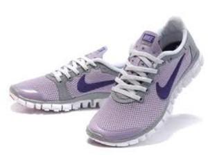 images-112-300x224 Fashionable Sport Shoes