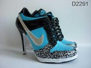 images2-300x224 Perfect Collection of Women Nike Shoes