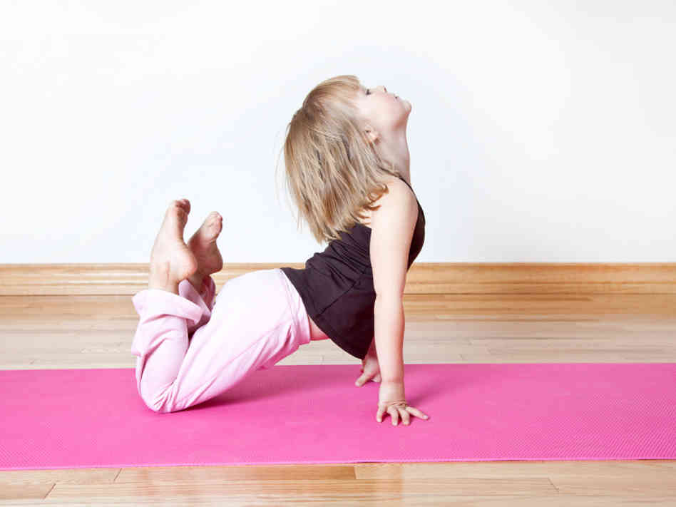 kid-yoga-5d6e8961f35ef766c48716c3ec1c27a1e066554e-s6-c10 Now.. Fitness Apps on Mobile Phones