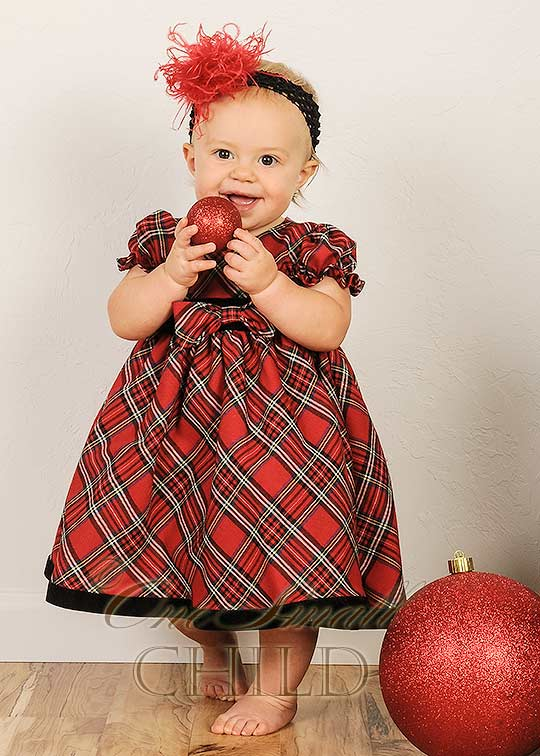 red-plaid-dress-is-a-no-fail-holiday-option-for-your-pretty-baby-girl 17 Fantastic Collection of Holiday Baby Dresses