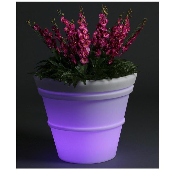 solar1 Simple and Unique Ideas for Outdoor Lighting