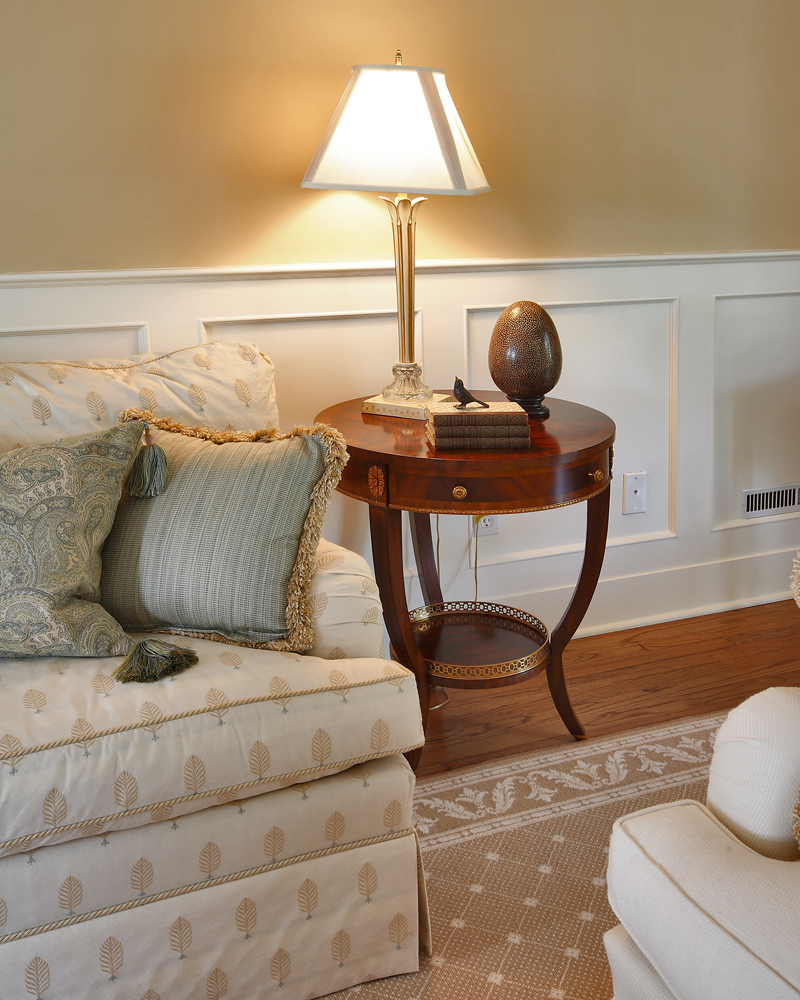 tip-28-accent-tables-are-a-decorators-best-friend Top 5 Furniture Trends You Can Choose From