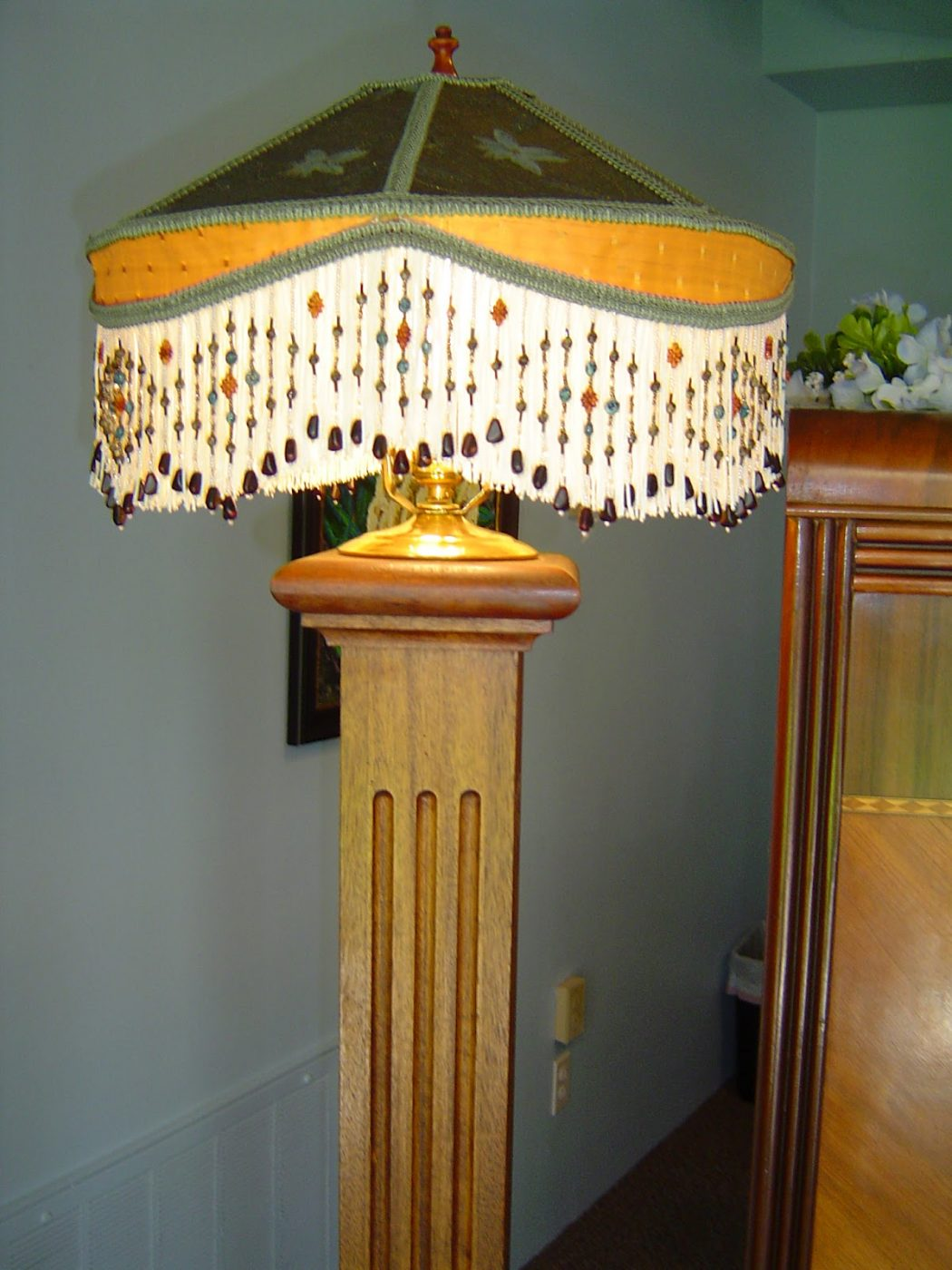 010 Do You Like To Have A handmade Wooden Lamp?