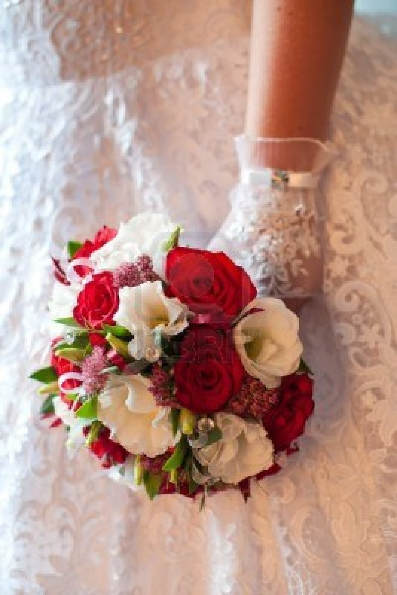16554311-wedding-bouquet-of-red-and-white-flowers What Do You Know About Flower Talk?