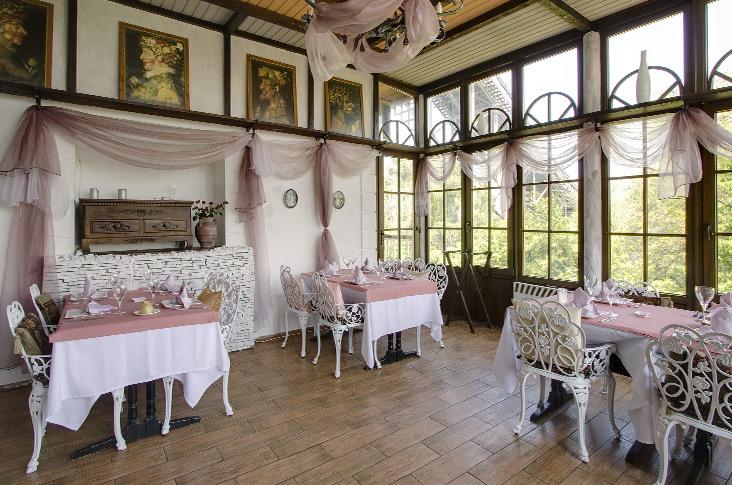 4-brilliant-restaurant-decor 23 Most Awesome Interior Designs for Restaurants