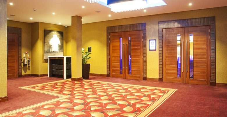 Photo of Is Kensington Close Hotel Suitable for London Visitors?