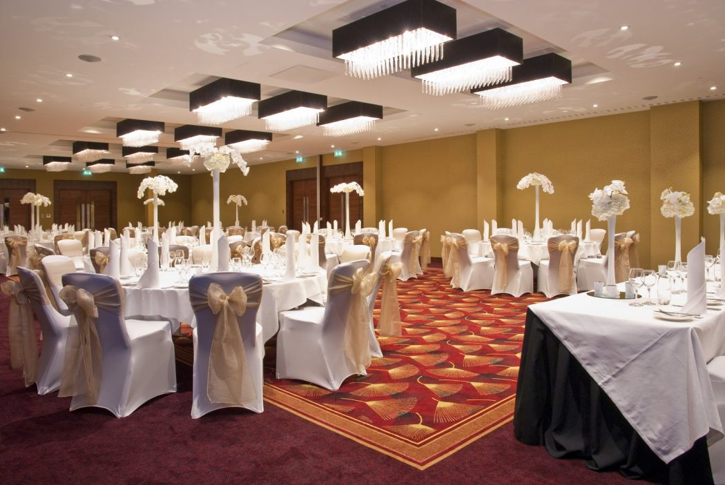 8169416-interior023v2-max Is Kensington Close Hotel Suitable for London Visitors?