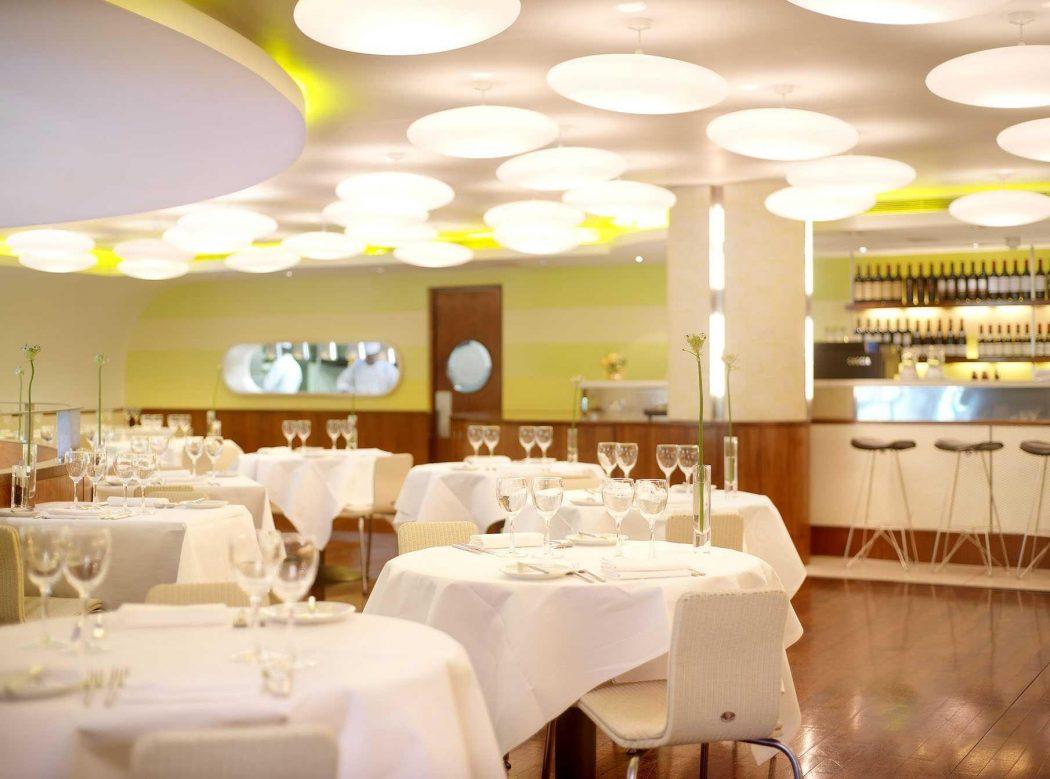 8bc8365ce810a8edd41f61cd3af184eb Fitzwilliam Hotel Belfast