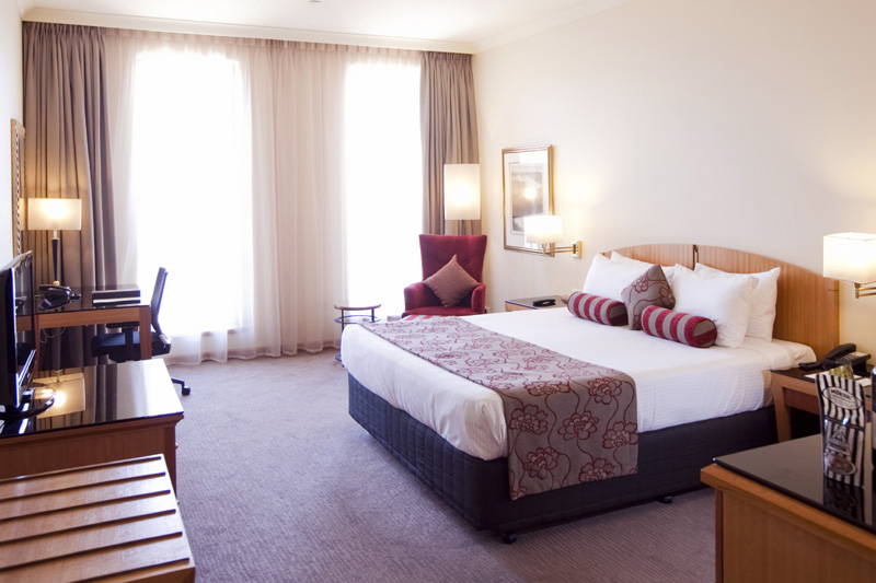 Deluxe-King-Room Enjoy A Luxurious Life in Duxton Hotel Perth