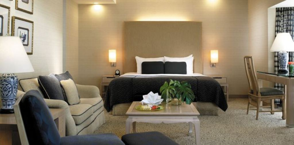 Executive-Suite Traders Hotel: A Wonderful and Luxurious Hotel in Singapore