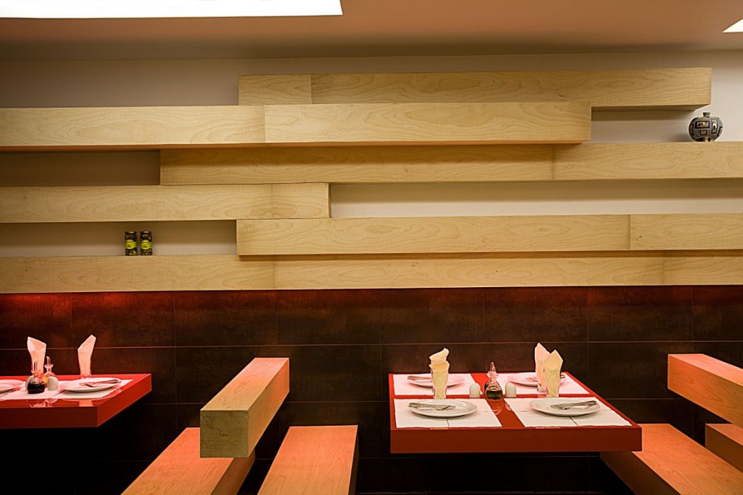 15 innovative interior designs for restaurants pouted - Cafe interior design ...