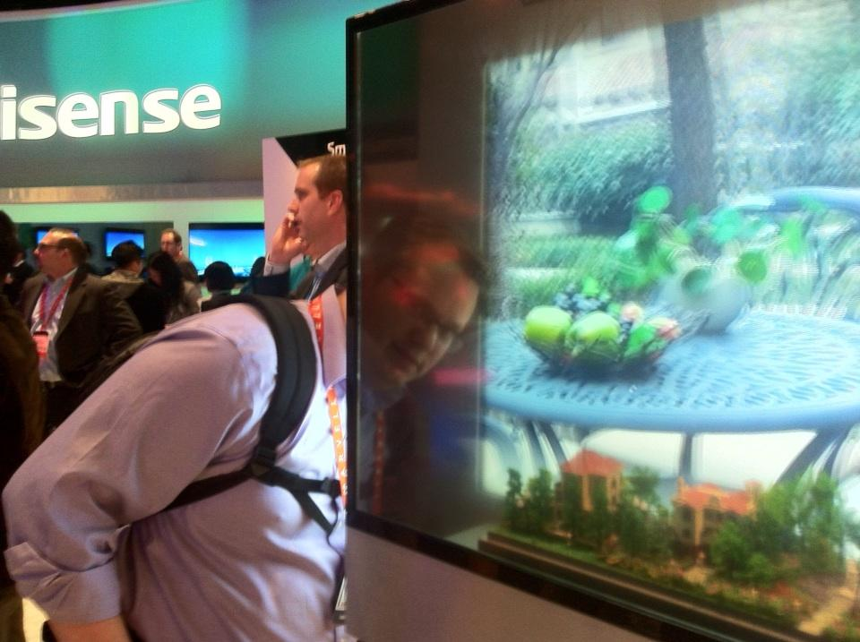 HiSense-transparent-3DTV Do You Believe You Can See Through This Transparent TV Screen?