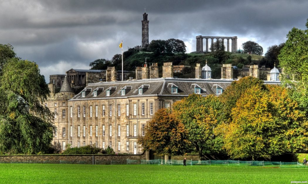 Holyrood-Palace-4f083746ea82b_hires George Hotel Edinburgh: Hidden Facts