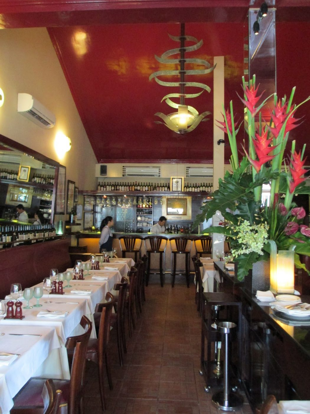 IMG_04631 The Ugly Restaurant Interior Design Makes You Lose Clients