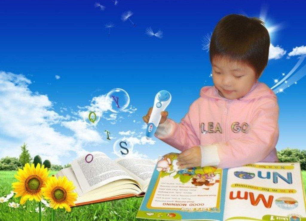 Interactive-educational-TALKING-intelligent-LED-light-SMART-GLOBE-with-Multimedia-electronical-talking-pen Surprising and Magical Translator Pens For Readers and Students