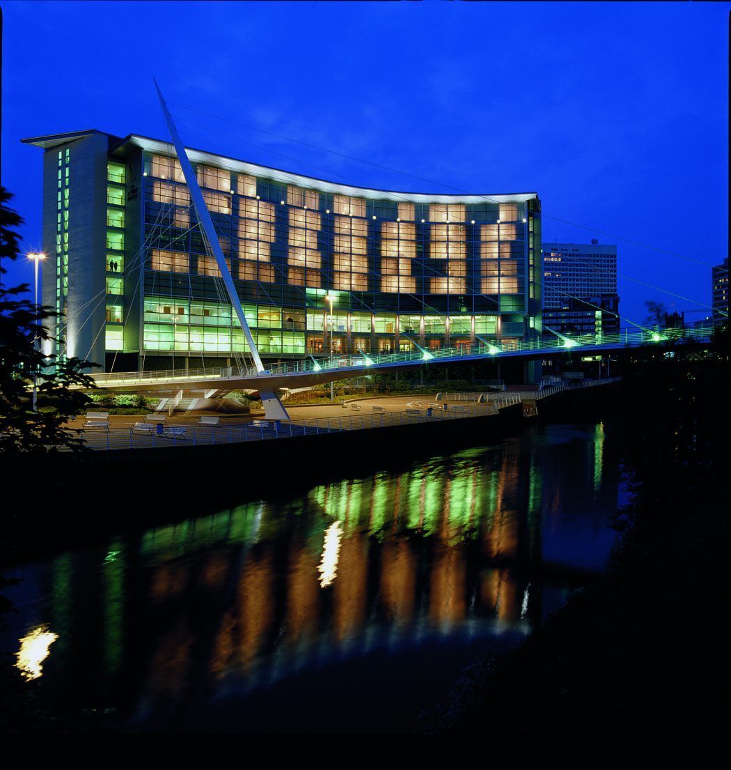 LowryManchester Why We Prefer Lowry Hotel Manchester?