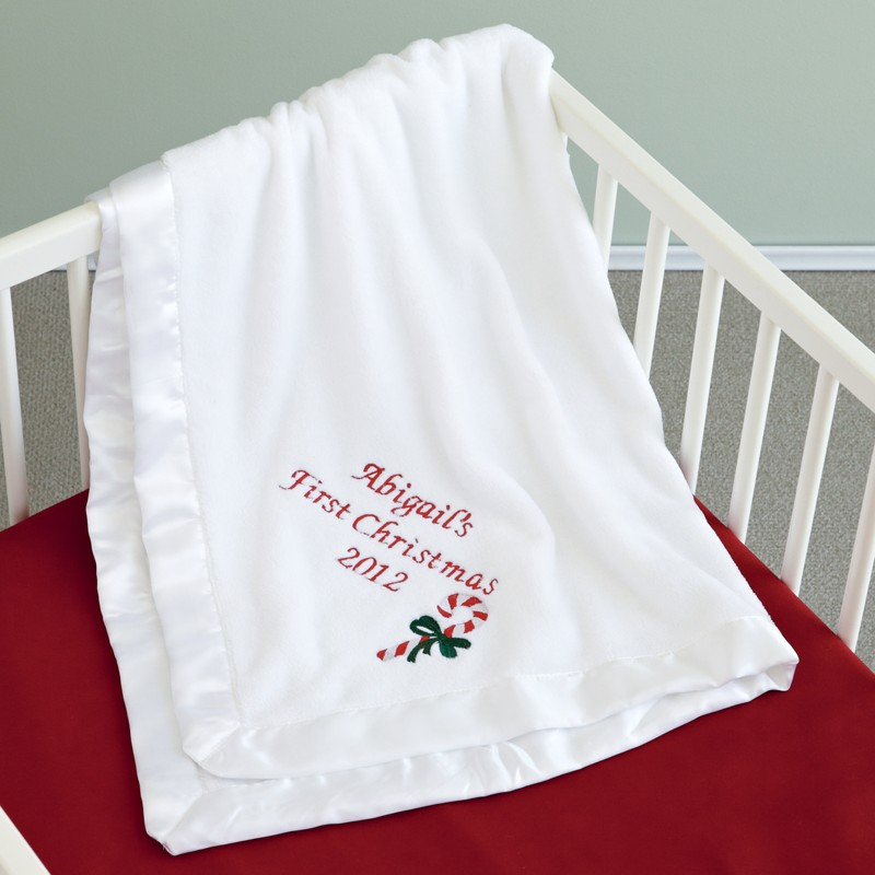 PCR12_00000012H136_0174287_W1_SQ Stylish Personalized Blankets For Babies and Newborns