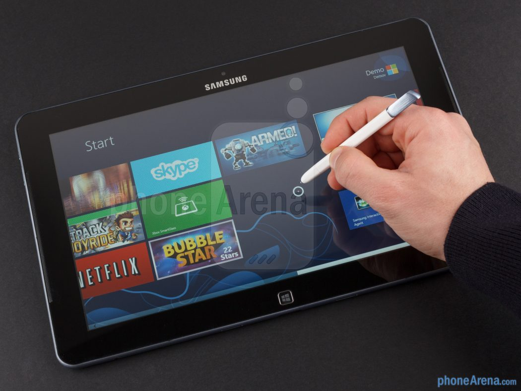 Samsung-ATIV-Smart-PC-Review-016 5 Most Selected Hybrid Laptops