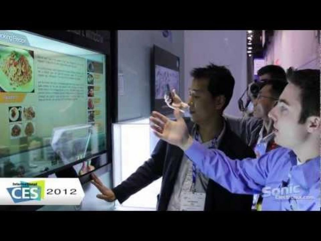 Samsung_Transparent_Smart_LCD_Window_CES_2012_First_Look_ Do You Believe You Can See Through This Transparent TV Screen?