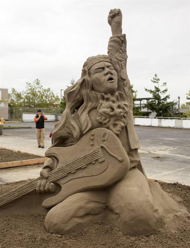 SandSculptureArtWorkAtItsBest_24 The Best 10 Videos and 30 images for Sand Art