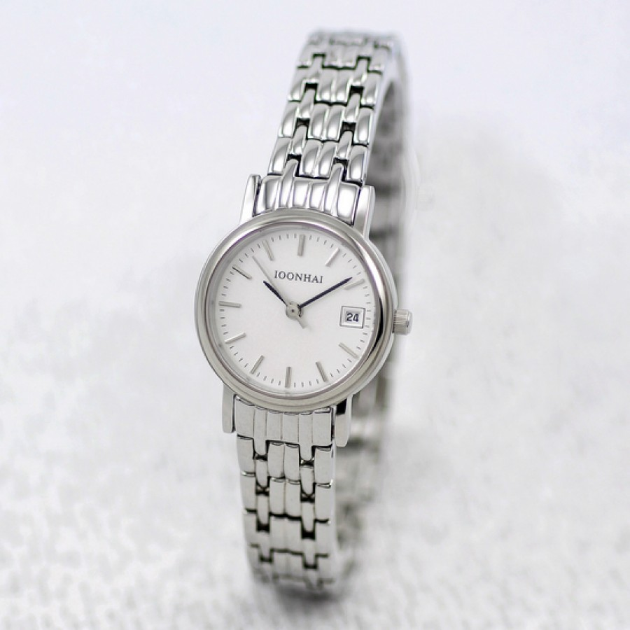 Steel-Strip-Ultra-Thin-Women-Quartz-Fashion-Table The World's 15 Thinnest Watches