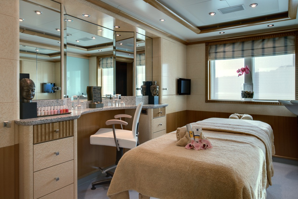 Superyacht-PEGASUS-V-ex-PRINCESS-MARIANA-Beauty-Salon-and-Spa What Are The Best Salon & Spa Designs?