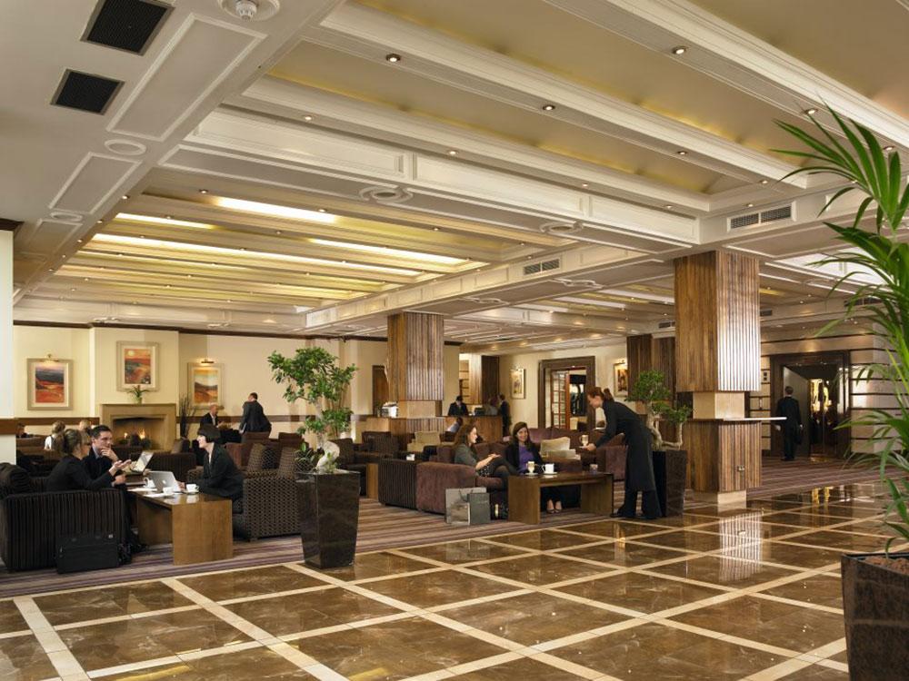The-Burlington-Hotel-Dublin-Foyer-Lounge Why Burlington Hotel is The Best in Dublin?