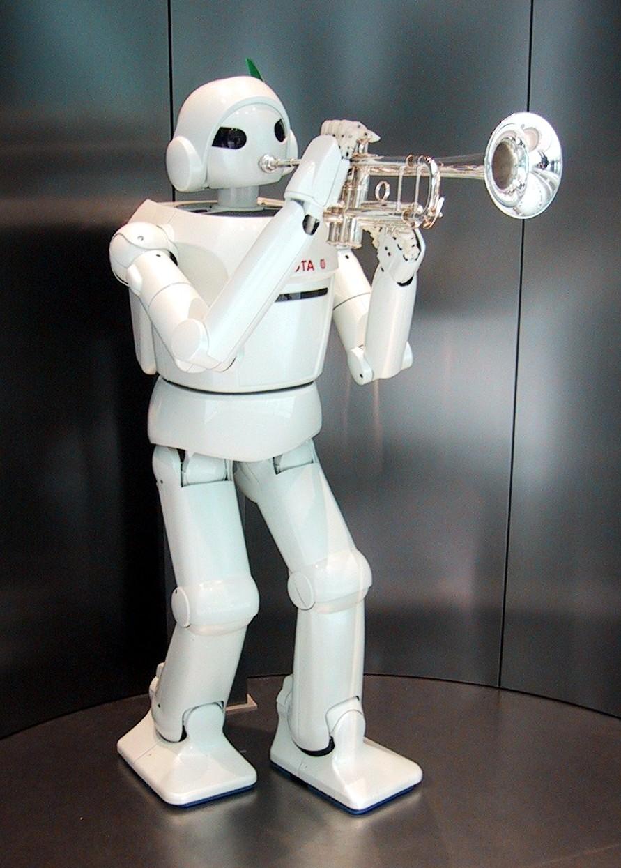 Toyota_Robot_at_Toyota_Kaikan Robot Boy Turned Fiction to Reality